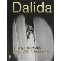 Dalida. Une garde-robe de...